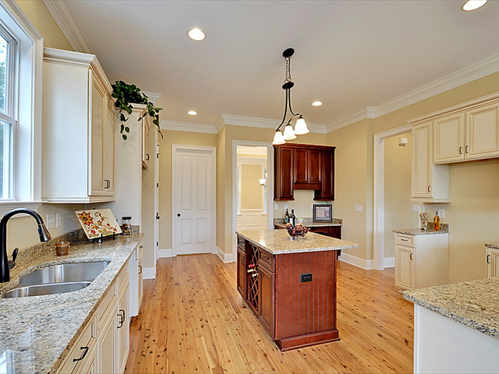 Lowcountry premier custom homes new home projects 1030 for Luxury home builders charleston sc